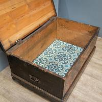 'Free Gardens Society' Painted Chest (6 of 10)
