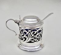 Edwardian Pierced Silver Mustard Pot by Joseph Rodgers & Sons, Sheffield 1905 (2 of 7)