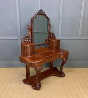 Excellent Victorian Mahogany Duchess Dressing Table