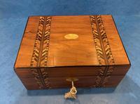 Victorian Walnut Inlaid Jewellery Box (4 of 12)