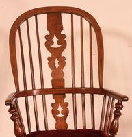 Near Pair of English Windsor Armchairs - 19th Century (8 of 11)