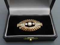 Art Deco Gold, Diamond & Button Pearl Brooch (2 of 5)