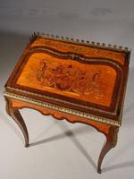 A Small Late 19th Century Satinwood and Rosewood Bureau de Dame (3 of 6)