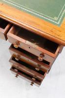Victorian Mahogany Pedestal Desk (5 of 13)