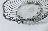 Antique Georgian 18th Century Solid Silver Swing Handle Bread Basket 1774 (4 of 19)
