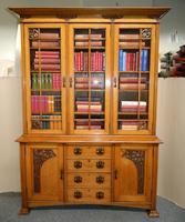 Outstanding Arts & Crafts Oak Bookcase