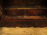 Antique Chinese Qing Shrine Shelf Cabinet with Doors (11 of 18)
