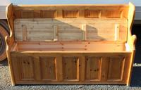 1960's Country Pine Large Panelled Settle (3 of 4)