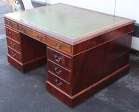 1960's Mahogany Pedestal Partners Desk with Green Leather Top. (3 of 6)