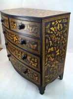 Decorated Butterflies Chest (4 of 7)