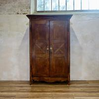 Charming Late 18th Century French Provincial Oak Armoire - Wardrobe