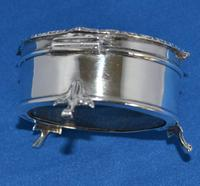 Circular Trinket Box (2 of 6)