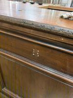 Panelled Solid Counter (6 of 8)