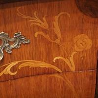 Continental Marquetry Bombe Commode Chest (5 of 14)