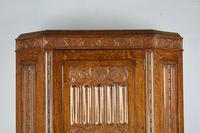 Carved Oak Hall Robe (3 of 5)