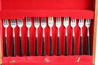 Joseph Rodgers 6 Place Setting Cutlery Canteen (3 of 12)