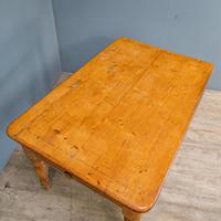 Victorian Kitchen Table (3 of 10)