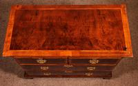 Fine Early 18 Century Walnut & Burr Walnut Chest of Drawers from England (8 of 12)