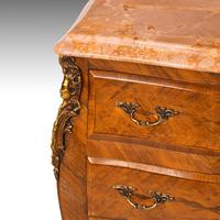 Unusual Pair of Kingwood Bombe Dwarf Commodes or Chests (4 of 5)