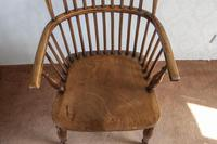 Early 19th Century Hoop-back Windsor Chair in Ash (4 of 4)