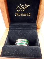 Stunning 18ct Gold, Diamond & Emerald Ring 17/n in Original Box 20th Century (7 of 10)