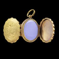 Antique Victorian Family Floral Locket 9ct Gold c.1900 (4 of 7)