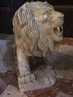 Pair Fine Early 20th Century Art Deco Italian Marble Male & Female Rampant Lions Sculptures (10 of 11)