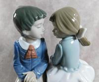 """Primer Amor"" or ""First Love"" Hand Modelled Porcelain Figure by Nao (3 of 9)"