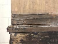 Early 20th Century Antique Oak Dresser (M-1650) (16 of 16)