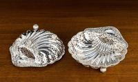 An Extremely Pretty Pair of Edwardian Silver Shell Dishes (6 of 7)