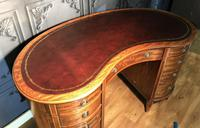 Edwardian Inlaid Mahogany Kidney Shaped Desk (7 of 21)