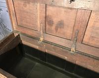 17th Century Oak Coffer (9 of 14)