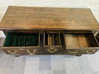 Georgian Dresser Base (15 of 22)