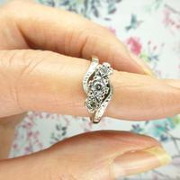 Vintage 18ct Platinum diamond trilogy ring c1930s ~ 1950s (8 of 10)