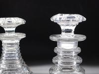 Attractive Pair of Late George III Period Decanters (3 of 4)