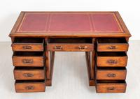 Oak Pedestal Desk c.1930 (5 of 9)