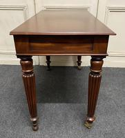 Fine Quality Writing Table (11 of 13)