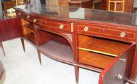 1960s Large Mahogany Serpentine Sideboard with Keys (4 of 5)