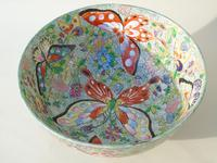 Antique Chinese Porcelain Bowl with Butterflies Famille Rose (7 of 12)