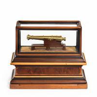 Miniature Brass Cannon in a presentation case (5 of 10)