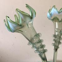 Large Victorian Epergne - Green Glass with White Opalescent Rims (7 of 15)