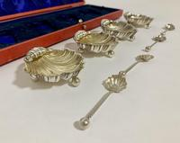 Set of 4 Antique Solid Silver Shell Salts and Spoons (3 of 13)