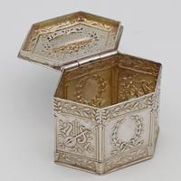 German silver peppermint or snuff box c.1880 (4 of 4)