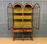 Burr Walnut Double Dome Topped Display Cabinet (8 of 18)