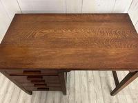 George V Desk (3 of 3)
