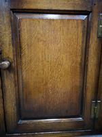 Titchmarsh & Goodwin Oak Dresser & Rack (11 of 15)