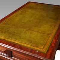Edwardian mahogany large pedestal desk (12 of 14)