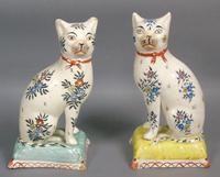 Pretty Pair of Early Victorian Staffordshire Cats on Cushions (2 of 12)