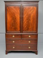 Georgian Flame Mahogany Linen Press / Wardrobe (2 of 13)