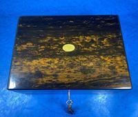 Victorian Coromandel Box with Mother of Pearl Escutcheons (10 of 14)